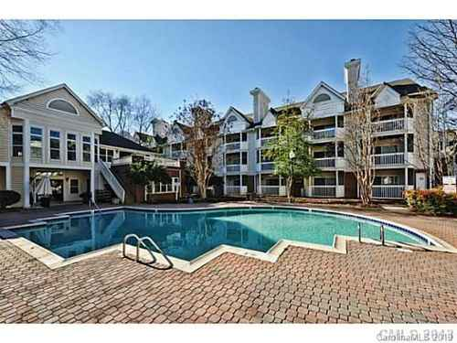 Gallery thumbnail for 505 Graham Street Unit 2B Charlotte NC 28202 4