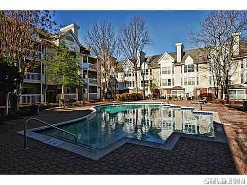 Gallery thumbnail for 505 Graham Street Unit 2B Charlotte NC 28202 6