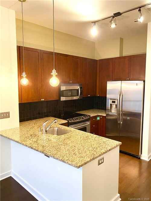 Gallery thumbnail for 525 6th Street Unit 420 Charlotte NC 28202 1