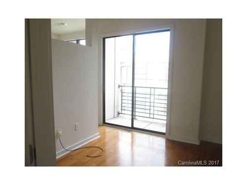 Gallery thumbnail for 525 E 6th Street Unit 405 Charlotte NC 4