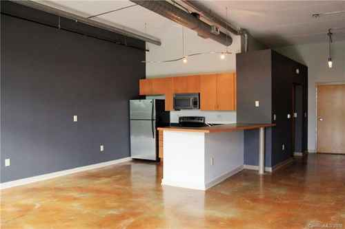 Gallery thumbnail for 626 N Graham Street Unit 313 Charlotte NC 28202 6