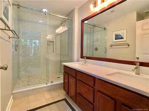 Gallery thumbnail for 718 W Trade Street Unit 208 Charlotte NC 28202 14