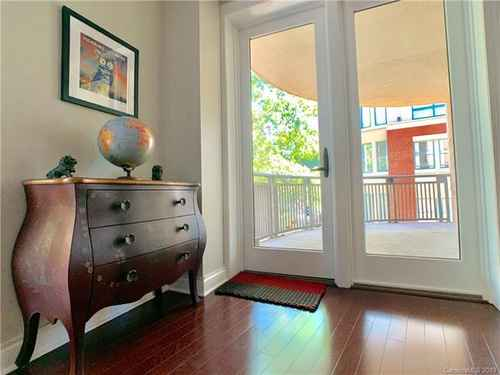 Gallery thumbnail for 718 W Trade Street Unit 208 Charlotte NC 28202 5